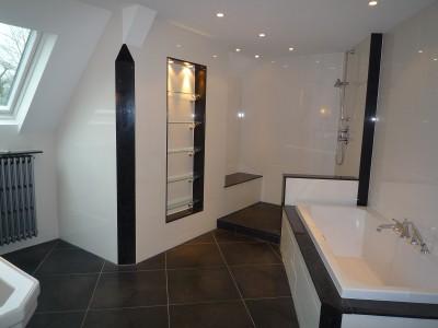 Des astuces pour la d coration int rieure les nouvelles - Salle de bain avec douche italienne et baignoire ...