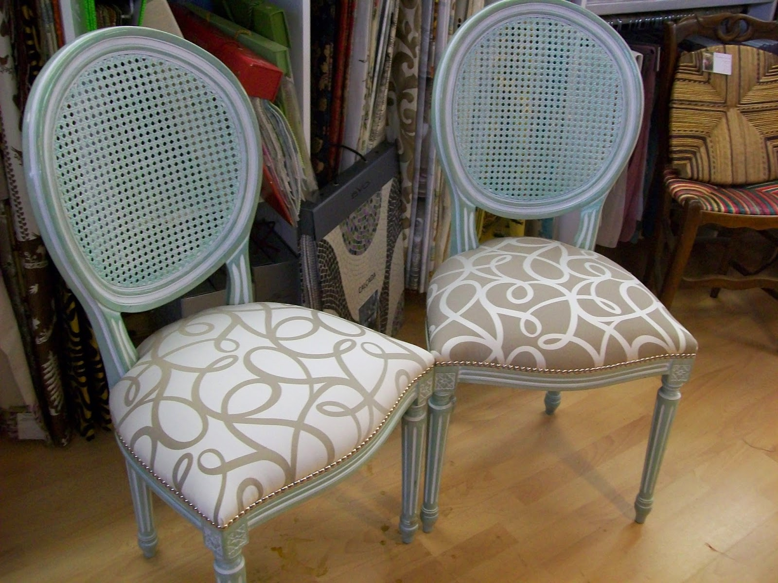 Chaise Cannee Relookee Mk34 Humatraffin
